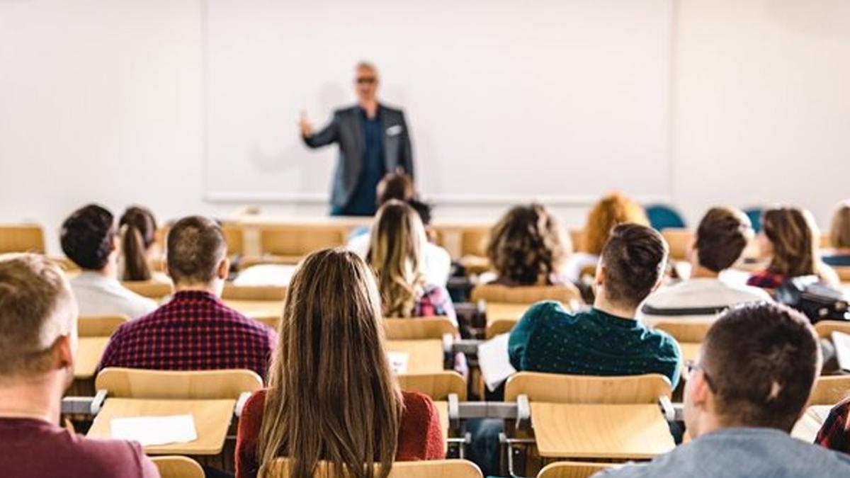 YÖK'ten Son Dakika Açıklaması! Üniversiteler Açılıyor Mu?
