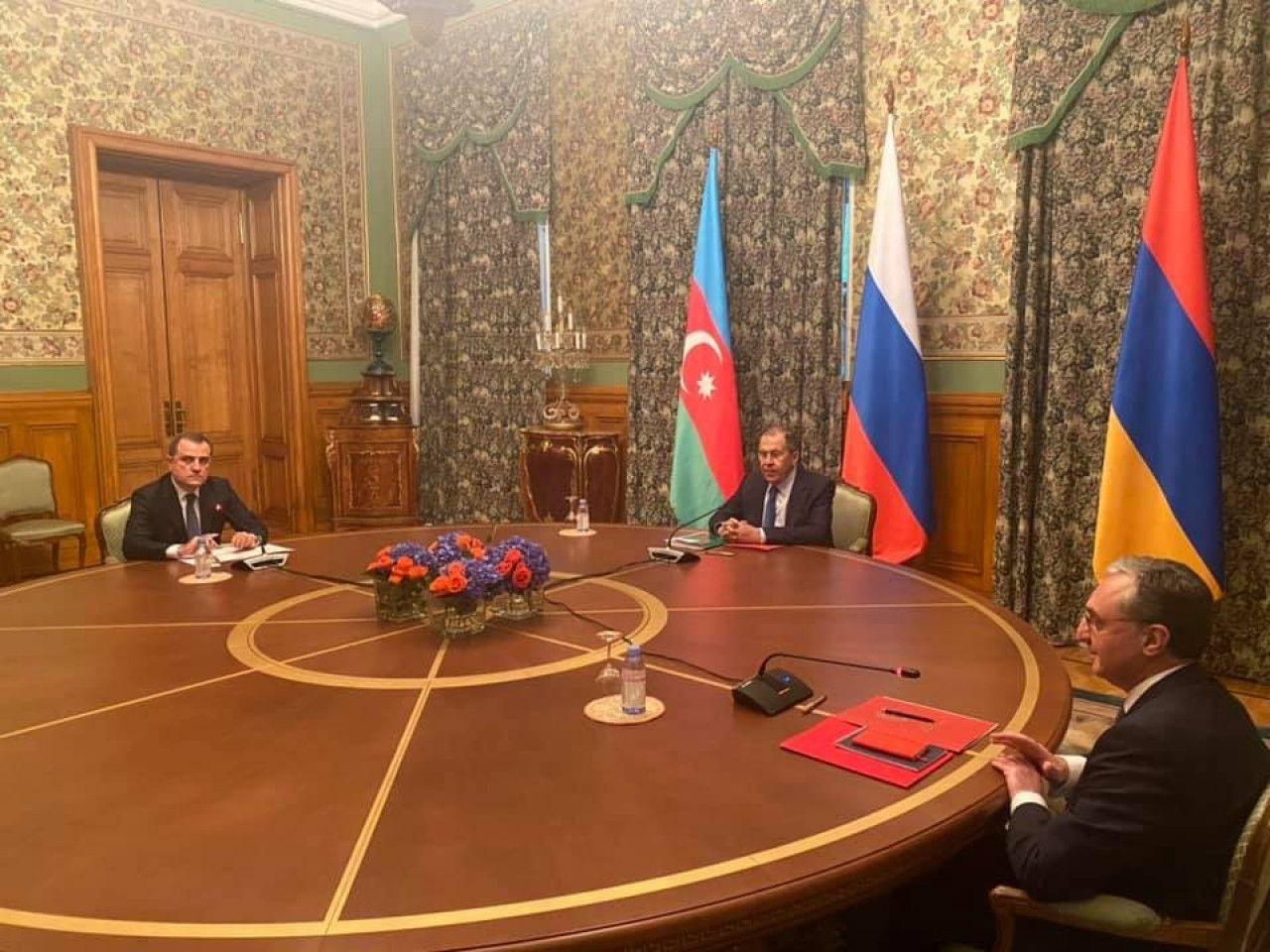 Son Dakika! Ermenistan ve Azerbaycan Toplantısı Rusya'da Başladı…