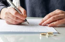 Boşanma Dilekçesi Nedir, Türleri Nelerdir? İşte Boşanma Dilekçesi Örneği